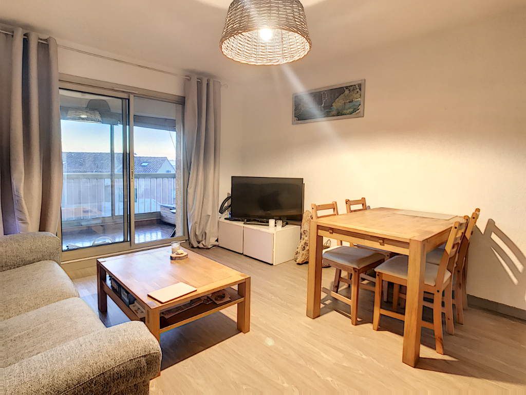 Apartment - SIX FOURS LES PLAGES